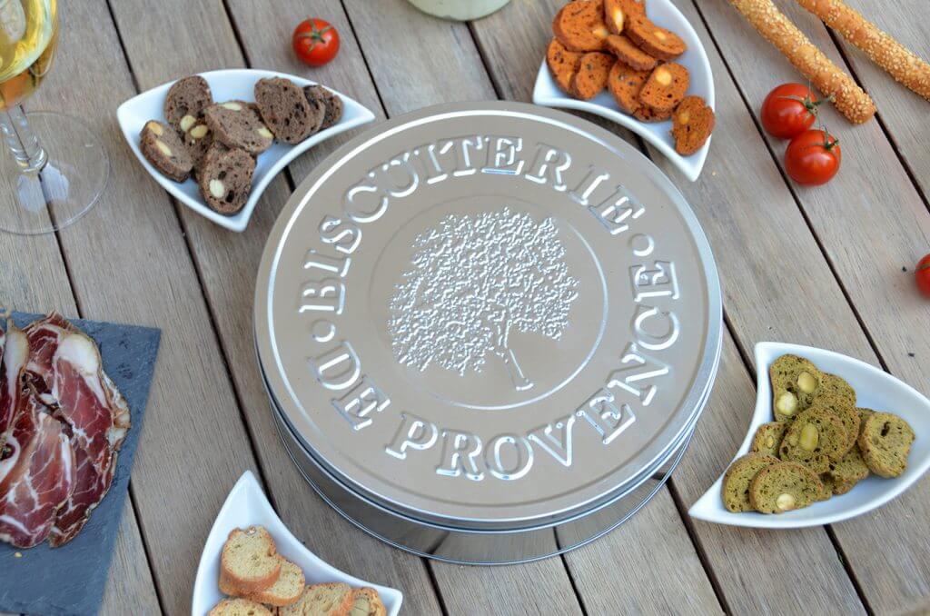 CRENOW Design - Biscuiterie de Provence - Boîte métallique détail